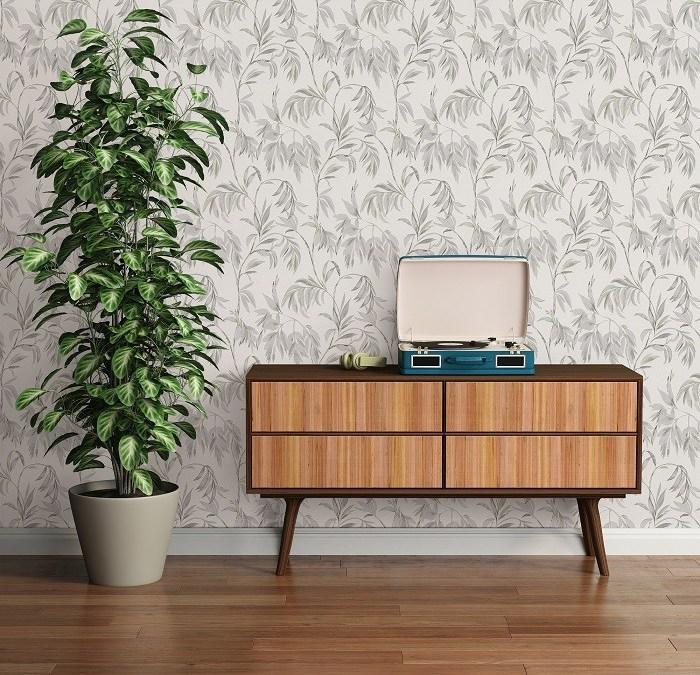 Nueva colección de papel pintado de Leroy Merlin con motivos botánicos y materiales sólidos