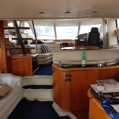 yacht interior before wrapping