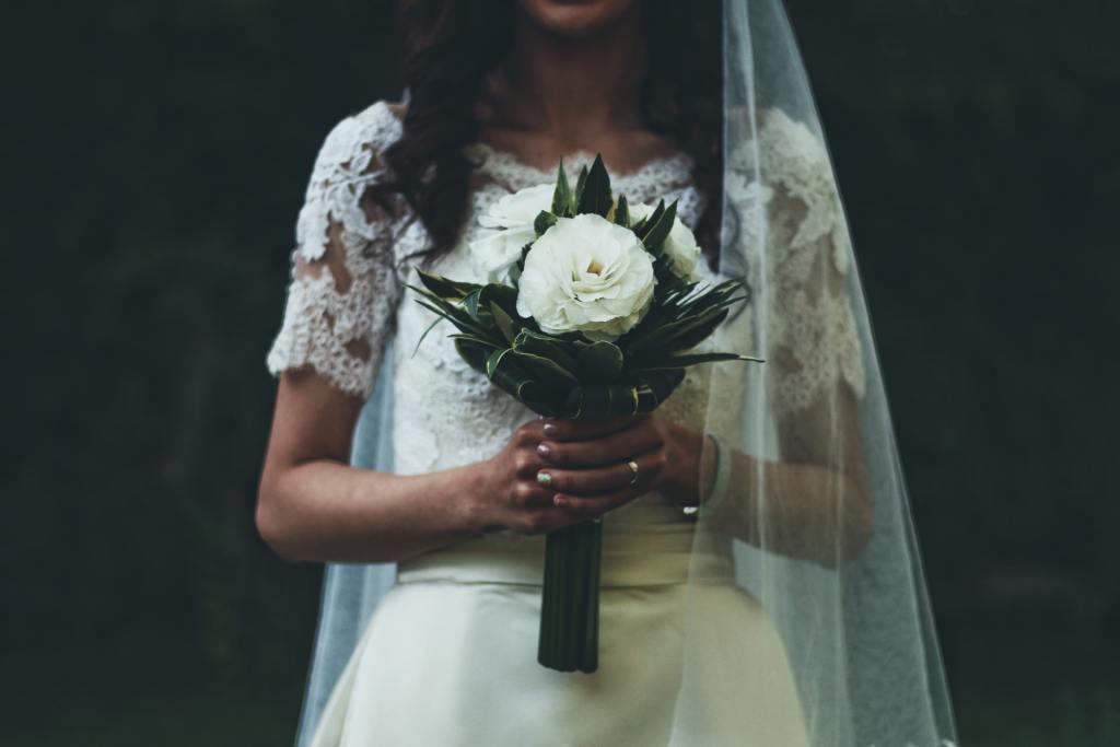 عادات الزواج والتعارف في السعودية