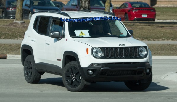 2019 Jeep Renegade Electrified Trailhawk Prototype. (Real Fast Fotography).