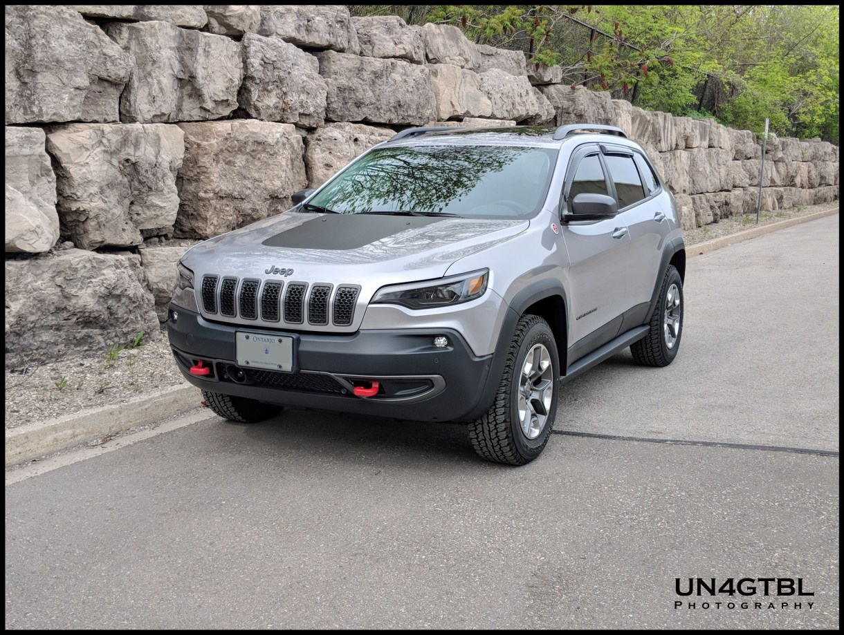 2019 Jeep Cherokee Trailhawk Review - From An Owners