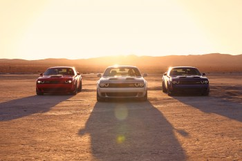 2019 Dodge Challenger Lineup: R/T Scat Pack Widebody, SRT HELLCAT Redeye Widebody, SRT HELLCAT Widebody (from left to right) (FCA US Photo)