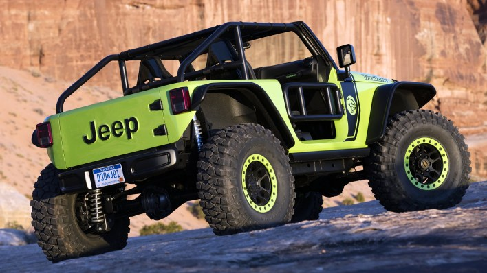 inside design 2016 jeep trailcat concept mopar insiders 2016 jeep trailcat concept