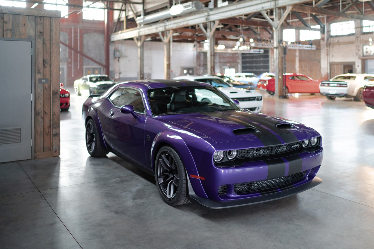 UPDATED: 2019 Dodge Challenger SRT HELLCAT Options and