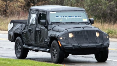 Photo of Another New Jeep Wrangler Truck (JT) Model Has Been Spotted: