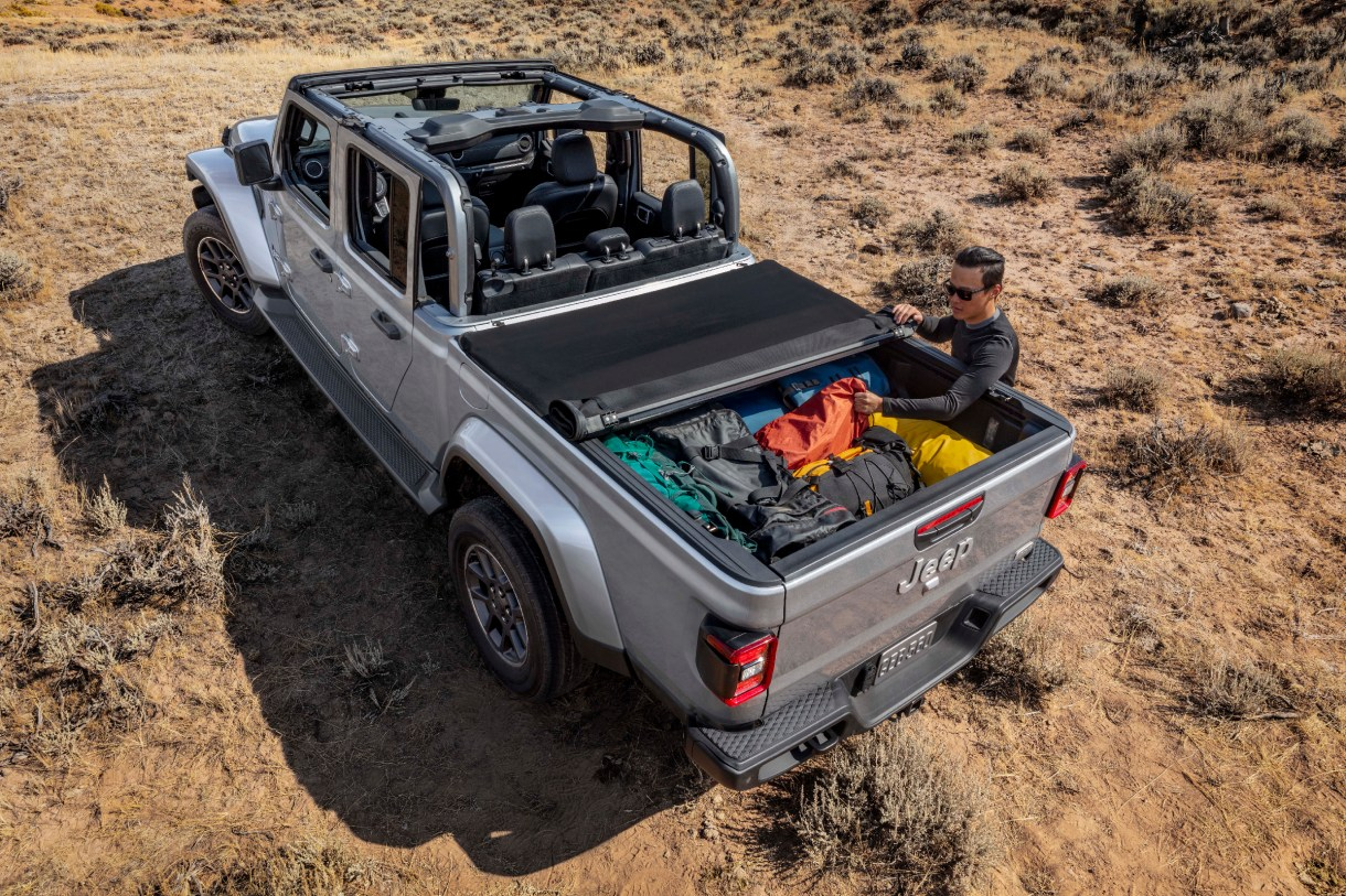 The 2020 Jeep 174 Gladiator Overland In Depth Mopar Insiders