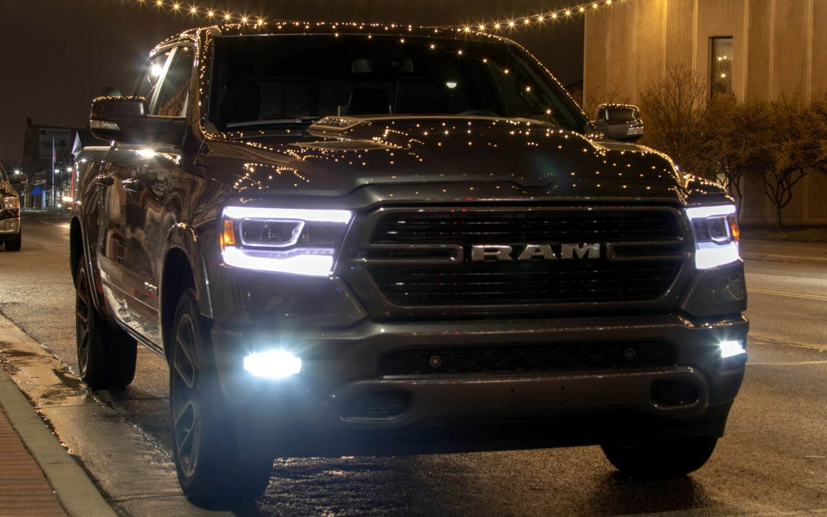 VIDEO: Long-Term 2019 Ram 1500 Laramie Sport - Uconnect Themes:
