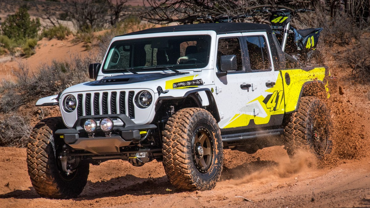 Inside Design: 2020 Jeep® Flatbill Concept: