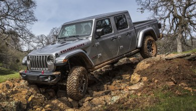Photo of Jeep® Gladiator Named 2019 Northwest Outdoor Activity Vehicle of the Year: