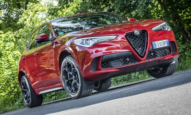 "Photo of 2020 Alfa Romeo Stelvio Quadrifoglio Earns ""SUV of the Year"" by AUTO ZEITUNG:"