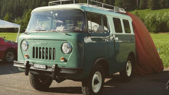 Jeep® FC-150 Passenger Van. (SvensGarage).