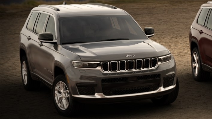 2021 Jeep® Grand Cherokee L Laredo. (Jeep).