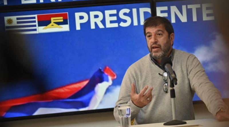 Fernando Pereira presentó su candidatura a la presidencia del Frente Amplio