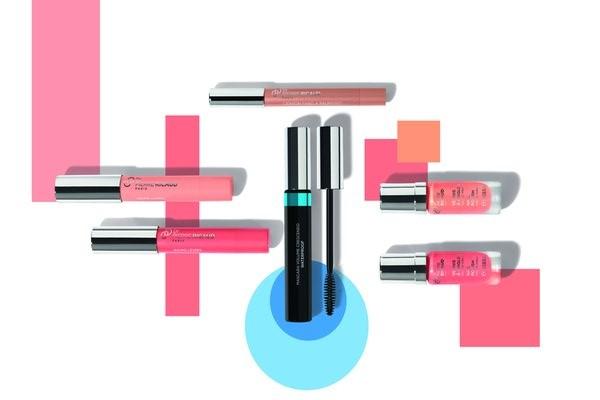 8/7005Packshot 2017Multi ProduitsCollection Maquillage Printemps/Ete 2017 - Gourmandise des PastelsVAO Rose Corail Ref. 80338VAO Rose Peche Ref. 80830Crayon FAP Or Rose Ref. 81488Nouveautes (one shot) :Mascara Waterproof Noir Intense Ref. 66528Baume Transparent Corail Eclatant Ref. 23116Baume Transparent Rose Tendre Ref. 21954