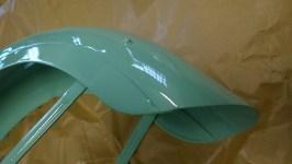 Parafango anteriore restaurato e riverniciato - Restored and painted front fender