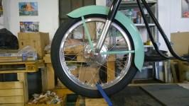 Ruota anteriore completamente restaurata - Front wheel completely restored