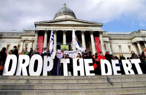 let-greece-breathe-demonstration-london_6909244