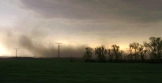 Černá bouře v okolí Čejče (24.04.2011)