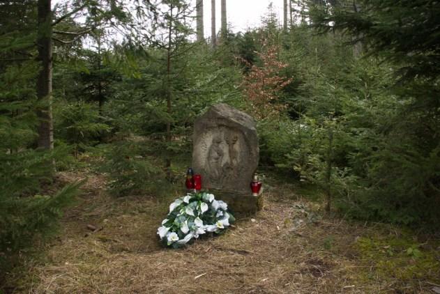 Pomníček Svatého Huberta nad Trubiskama