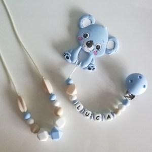 Canastilla Nerta con collar de lactancia, chupetero personalizado y mordedor silicona Koala azul de Mordisquitos