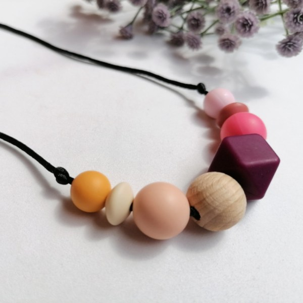 Collar de lactancia y porteo atardecer Sunset Mordisquitos silicone necklace