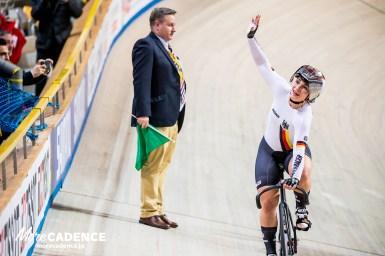 11の世界タイトルホルダー、クリスティーナ・フォーゲルがトレーニング中に落車し重傷