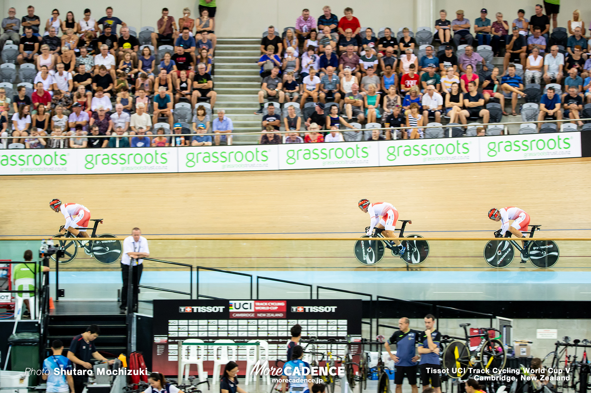 Qualifying / Men's Team Sprint / Track Cycling World Cup V / Cambridge, New Zealand