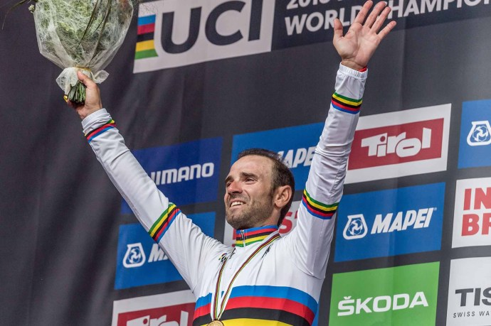 INNSBRUCK, AUSTRIA - SEPTEMBER 30: Alejandro Valverde of Spain celebrates victory on the podium after the Men Elite Road Race of UCI 2018 Road World Championships on September 30, 2018 in Innsbruck-Tirol, Austria. (Photo by Andrea Kareth /SEPA.Media /Getty Images)