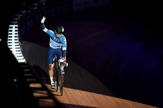 LONDON, ENGLAND - OCTOBER 25: Yuta Obara of Japan acknowledges the crowd during Day Four of the London Six Day Race at Lee Valley Velopark Velodrome on October 25, 2019 in London, England. (Photo by Alex Davidson/Getty Images)