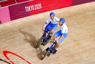 シモーネ・コンソーニ Simone Consonni (ITA), フィリポ・ガンナ Filippo Ganna (ITA), Men's Team Pursuit Final AUGUST 4, 2021 - Cycling : during the Tokyo 2020 Olympic Games at the Izu Velodrome in Shizuoka, Japan. (Photo by Shutaro Mochizuki/AFLO)