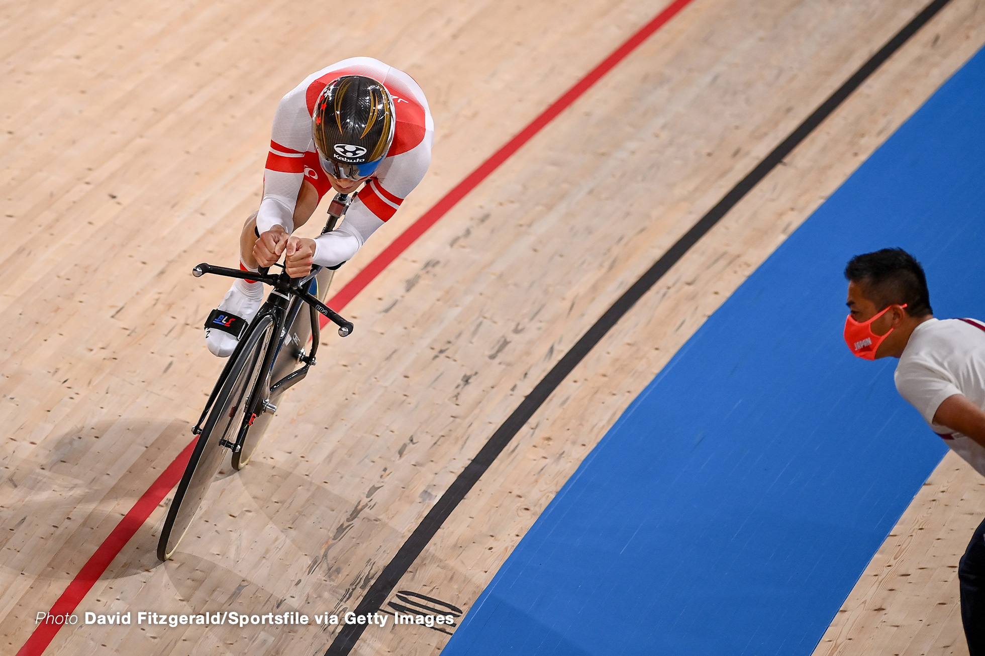 Shizuoka , Japan - 26 August 2021; Shota Kawamoto of Japan on his way to setting a new world record in the Men's C2 3000 metre Individual Pursuit qualifying at the Izu Velodrome on day two during the Tokyo 2020 Paralympic Games in Tokyo, Japan. (Photo By David Fitzgerald/Sportsfile via Getty Images)