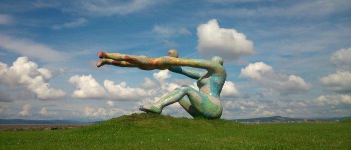 venus & cupid sculpture