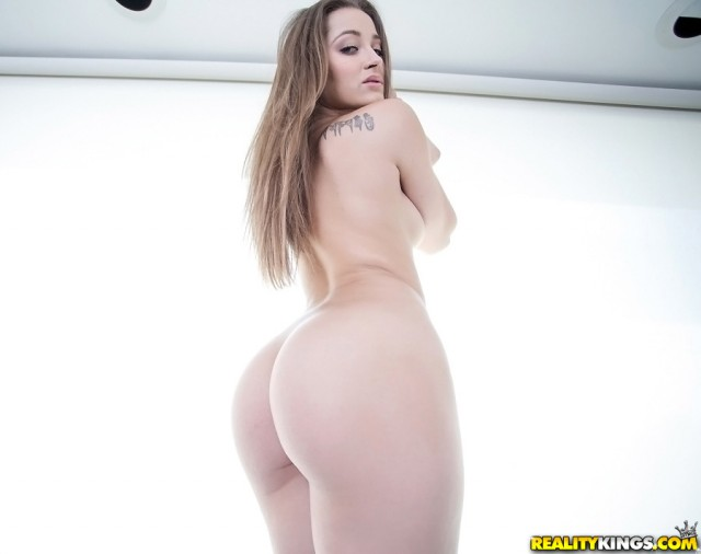 dani-daniels-ass-monstercurves_03
