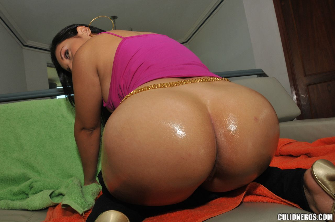 Perfect Big Bubble Latina Butt Of Lola From Cazeria Get Cock-6248