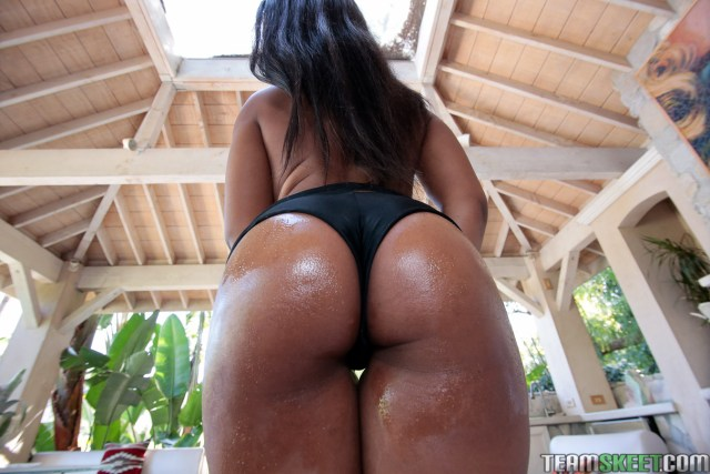 jenna-foxx-big-oiled-ass
