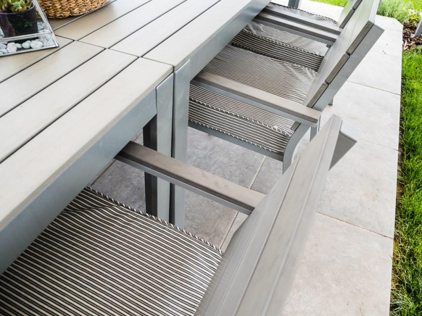 Terrassen-Gestaltung-Tisch-Stühle-Sitzauflagen
