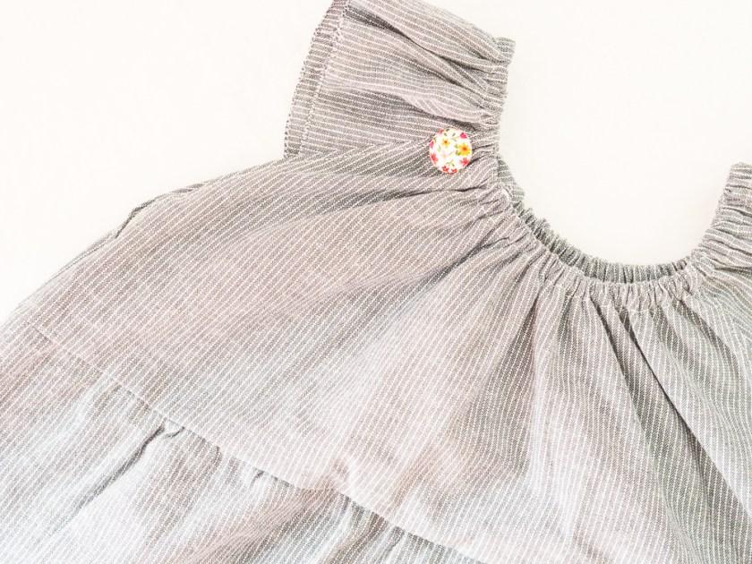 Kleid-für-Mädchen-mit-Streifen-und-Blümchen