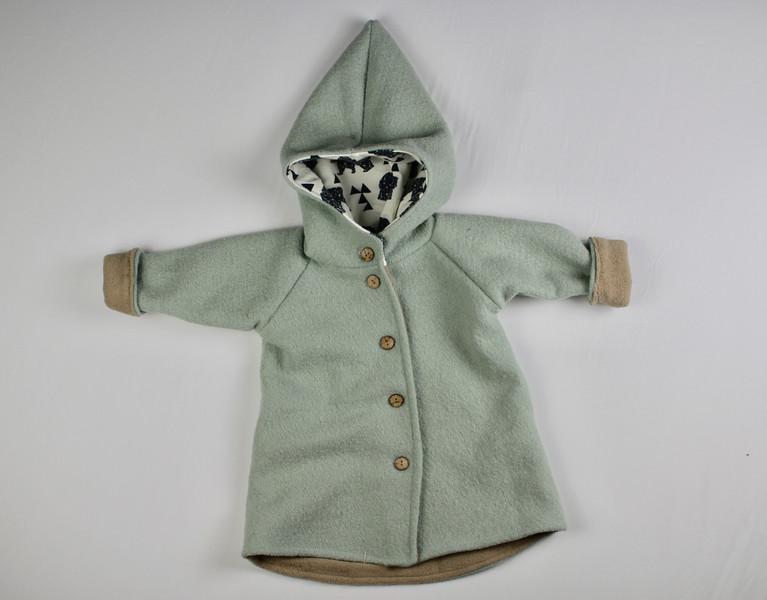 Herbst-Outfits-für-Kinder-Jacke-grau-blau