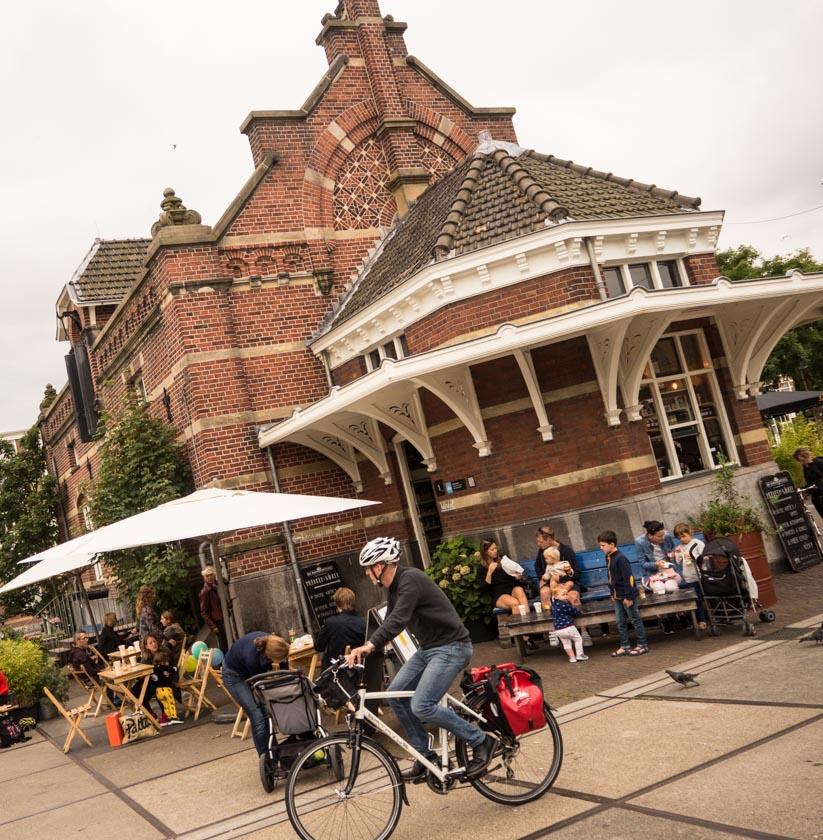 Amsterdam-mit-Kindern-Cafe-in-Park