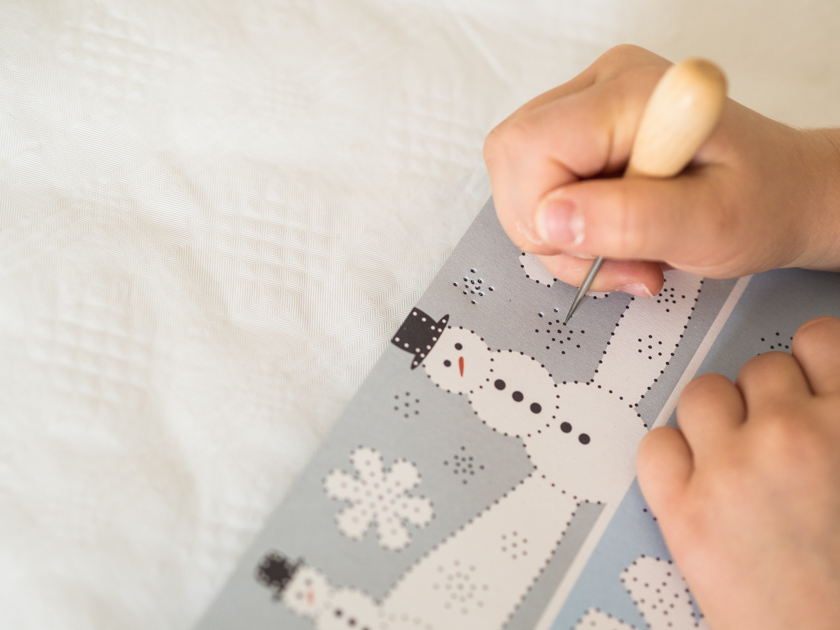 DIY Weihnachtskarten mit Fingerabdruck Prickeln