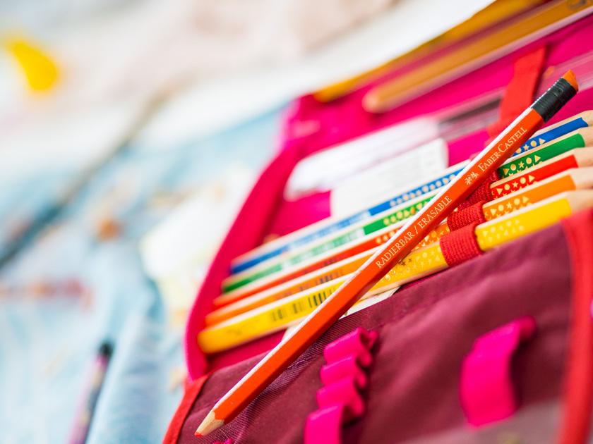 Midi Rock Outfit Ideen für Mamas Buntstifte