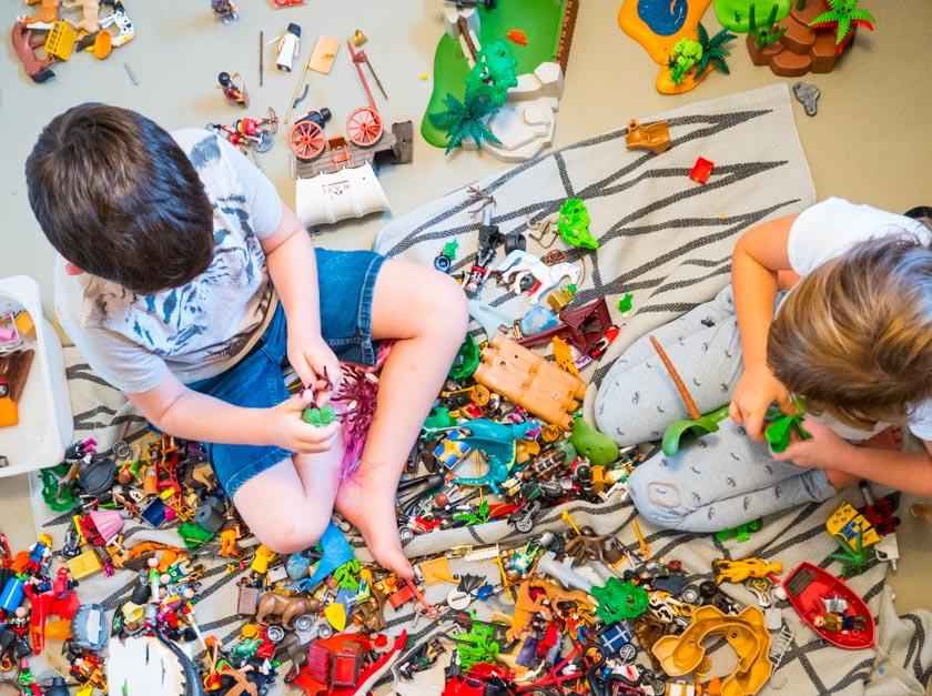 Endlich Ordnung im Kinderzimmer & Spielsachen, die Mamas Zeit schenken