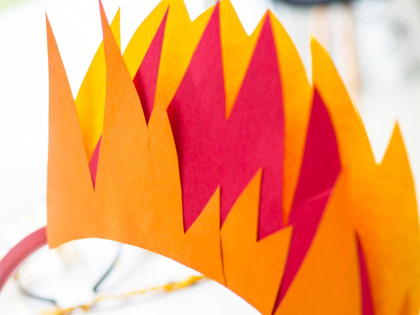 Kostüm Idee für die ganze Familie_brennenden Reifen basteln