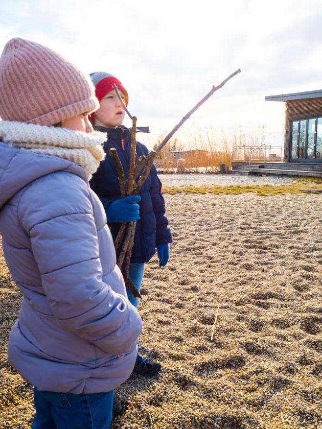 Mit Kindern gesund durch den Winter_Mädchen und Junge