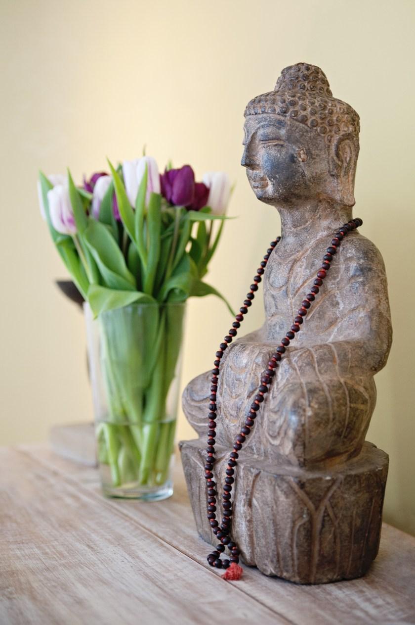 Working Yoga Mum Katharina - Buddha