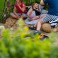 Weidentipi mit Kindern bauen_chillen im Tipi