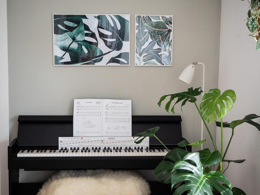 Urban Jungle Trend an Wand_Klavier