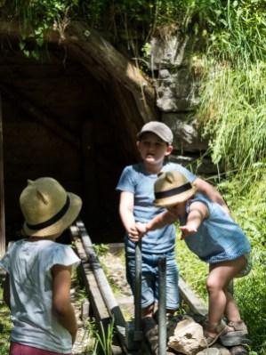 Gasteinertal mit Kindern_Waldspielplatz