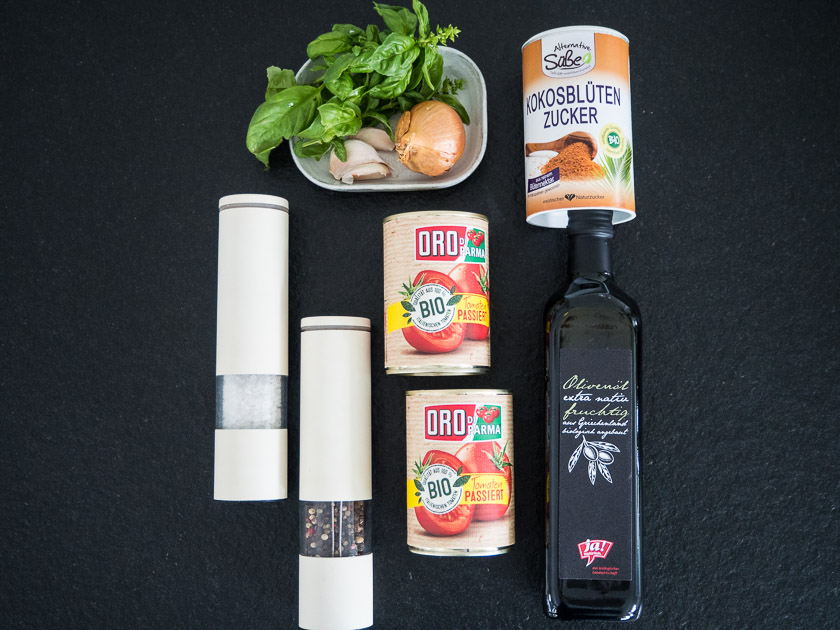 Meal Prep für Familien_Zutaten Tomatensoße
