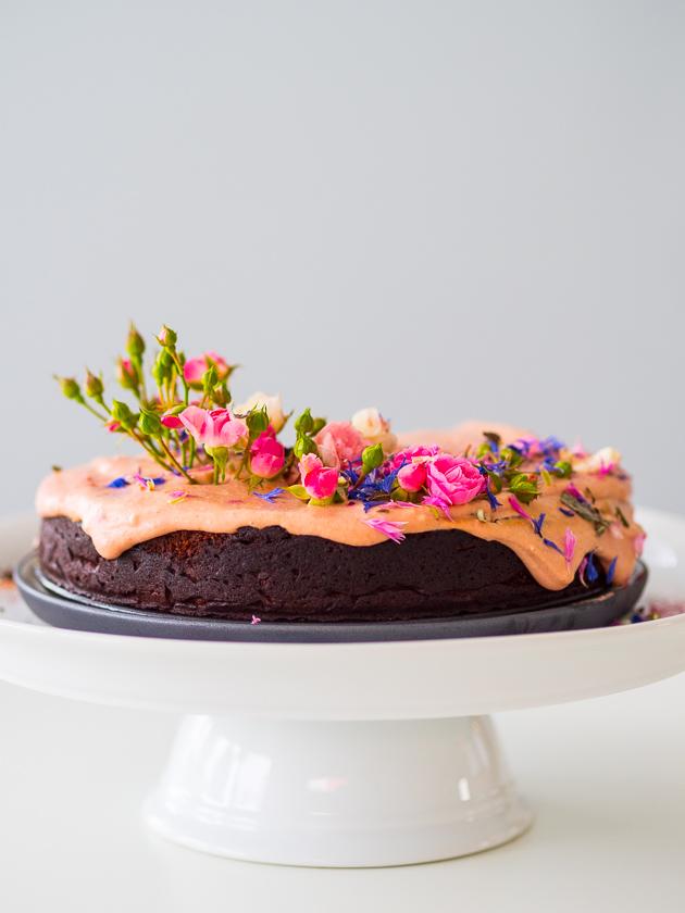 Geburtstagskuchen mit Gemüse _Rote Beete Kuchen